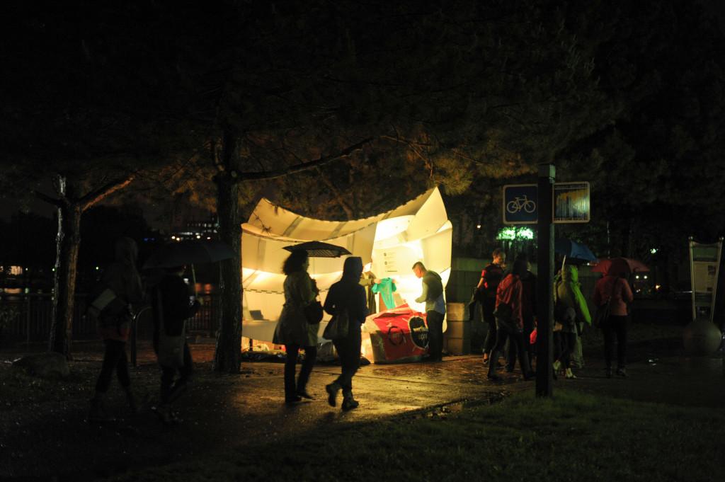 Wil Natzel, Aura Info Hub, W River Parkway, Northern Spark 2014. Photo: Ian Hanson.